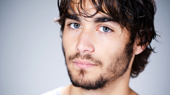 8 Ways To Fix Your Patchy Beard & Make It Thick, Dense & Full