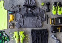 10 Gym Bag Essentials You Should Always Have On You