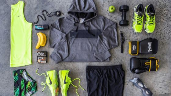 10 Gym Bag Essentials You Should Always Have On You