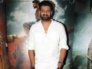 100+ Photos of Prabhas That You Might Not Have Seen Yet-2