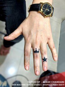 Cute finger tattoos for men