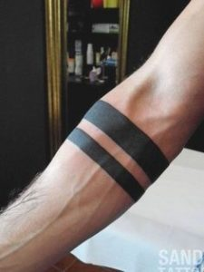 Simple Lines Armband tattoos for men